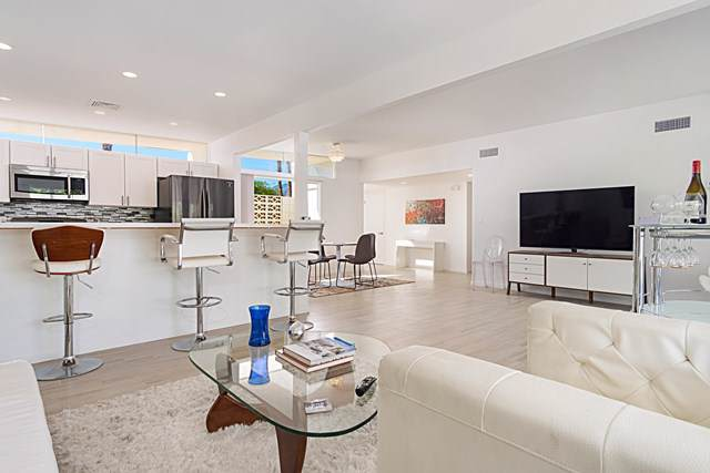 2326 Finley Road, Palm Springs, CA 92262 (#219031109PS) :: The Laffins Real Estate Team