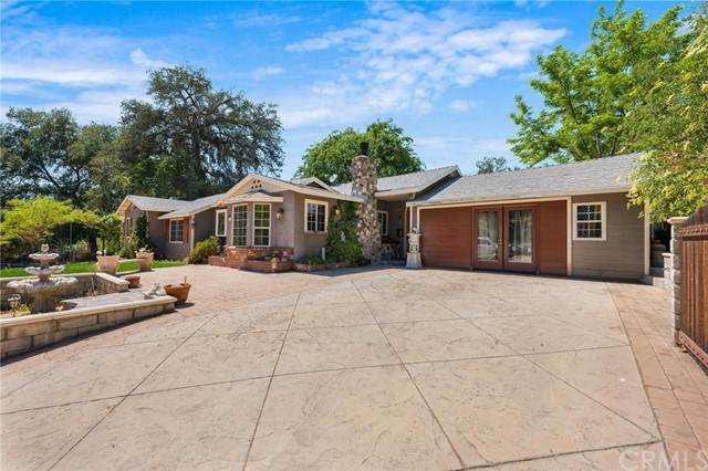 13025 Sierra Hwy, Agua Dulce, CA 91390 (#PW21097107) :: The Costantino Group   Cal American Homes and Realty