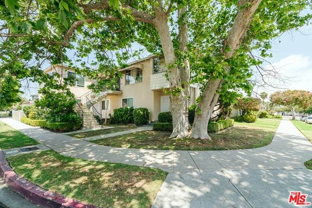 2592 Armacost Avenue, Los Angeles (City), CA 90064 (#21747694) :: Team Forss Realty Group