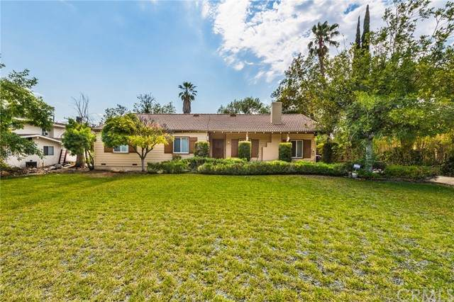 1235 Highland Oaks Drive, Arcadia, CA 91006 (#WS21122295) :: Hart Coastal Group