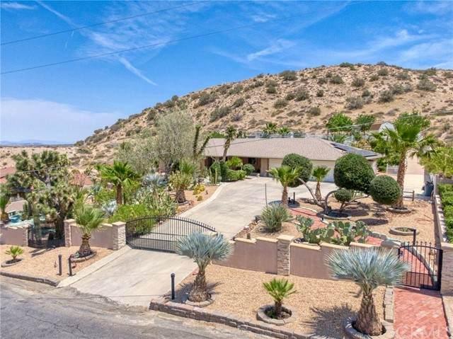 54045 Ridge Rd, Yucca Valley, CA 92284 (#JT21133506) :: Compass