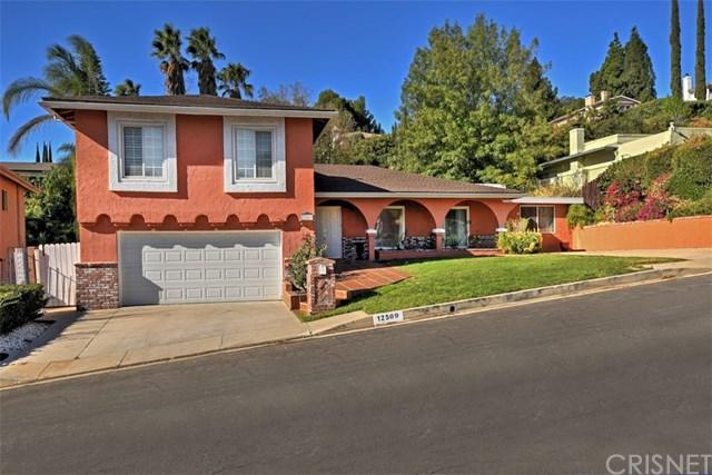 12569 Byron Avenue, Granada Hills, CA 91344 (#SR17268879) :: Fred Sed Realty