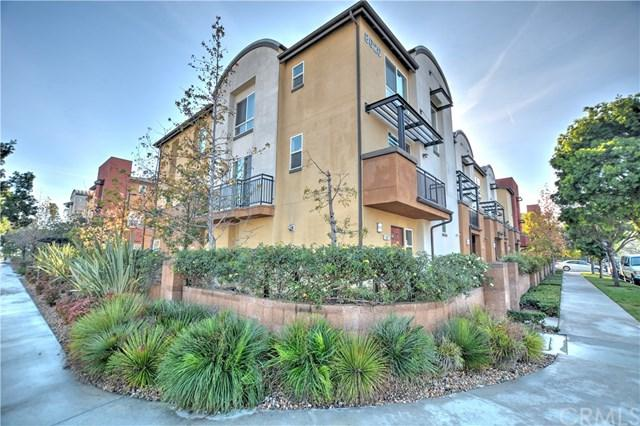 8620 Belford Avenue #203, Westchester, CA 90045 (#OC18007947) :: Erik Berry & Associates