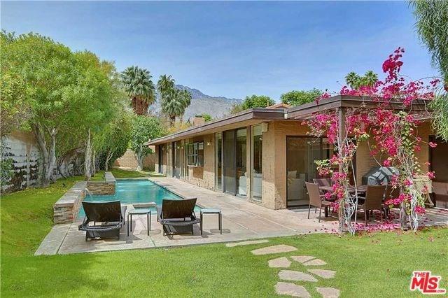 3495 E Loma Vista Circle, Palm Springs, CA 92264 (#18393612) :: Fred Sed Group