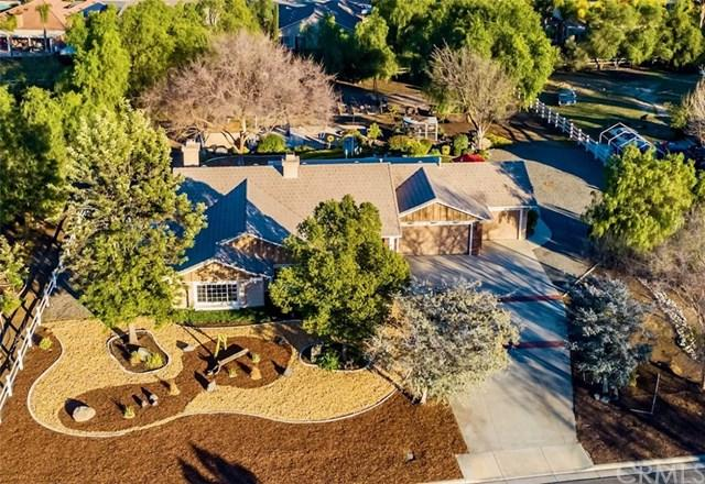 36910 Hidden Trail Court, Temecula, CA 92596 (#SW19016461) :: The Laffins Real Estate Team