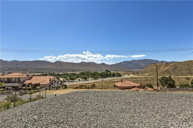 7500 Calpella Avenue, Hesperia, CA 92345 (#CV19132888) :: Z Team OC Real Estate