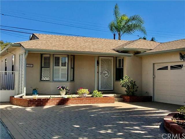 2709 Spreckels Lane - Photo 1