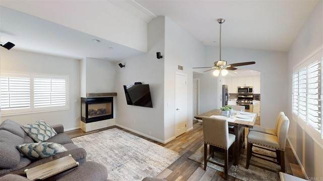 3955 Riviera Dr, Pacific Beach, CA 92109 (#PTP2103569) :: Berkshire Hathaway HomeServices California Properties