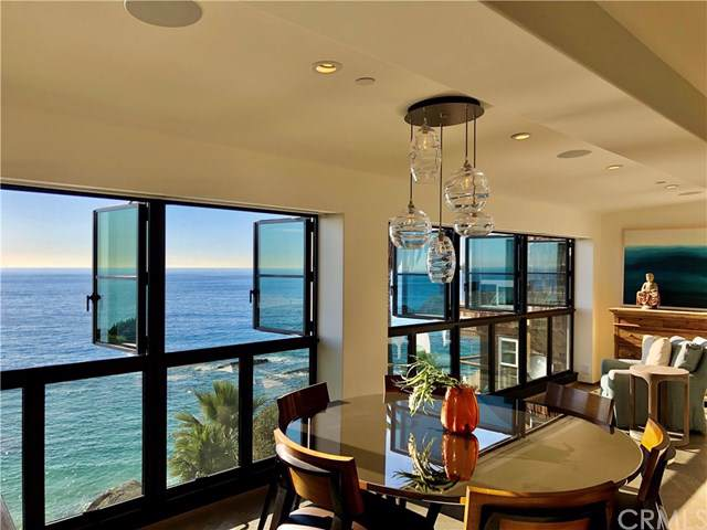 31711 Seacliff Drive, Laguna Beach, CA 92651 (#LG19185896) :: The Brad Korb Real Estate Group