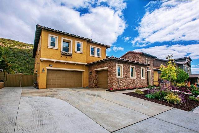 545 Ledge St, San Marcos, CA 92078 (#210015498) :: Powerhouse Real Estate
