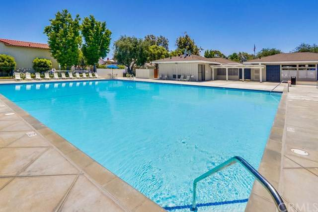11343 Cuttyhunk Court, Cypress, CA 90630 (#PW19144893) :: Fred Sed Group