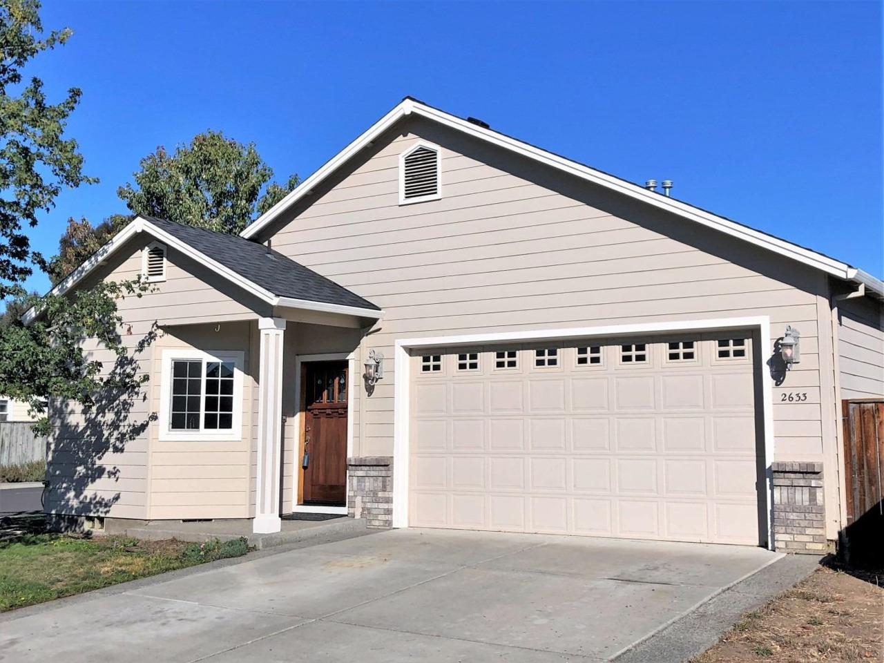 2633 Brookdale Drive Central Point, OR 97502