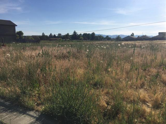 7847-7853 Phaedra, White City, OR 97503 (#2977244) :: FORD REAL ESTATE