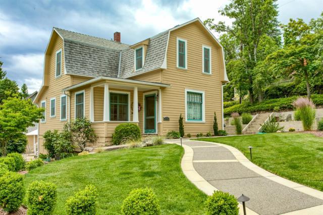 134 Nob Hill Street, Ashland, OR 97520 (#2978569) :: Patie Millen Group - John L. Scott Real Estate