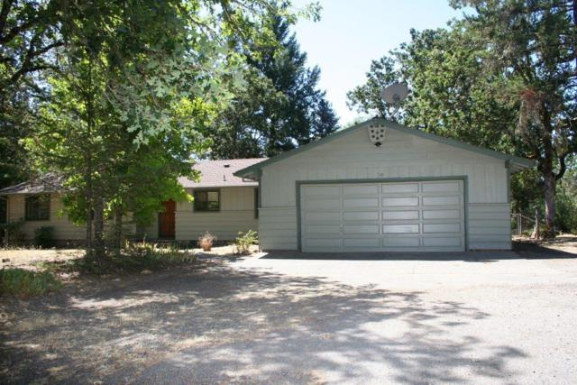 319 April Drive, Merlin, OR 97532 (#2979714) :: FORD REAL ESTATE