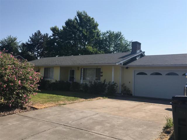 1323 Jasper Street, Medford, OR 97501 (#2981042) :: Rocket Home Finder