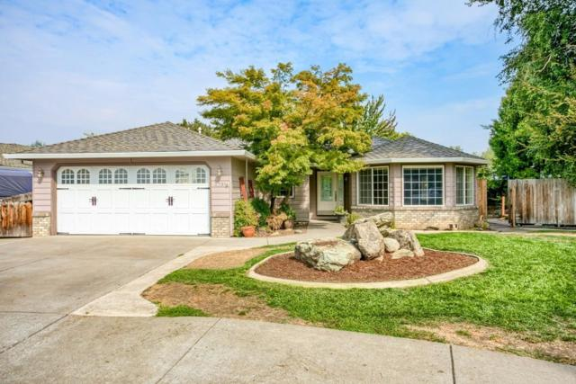 2791 Victoria Court, Medford, OR 97504 (#2982002) :: FORD REAL ESTATE