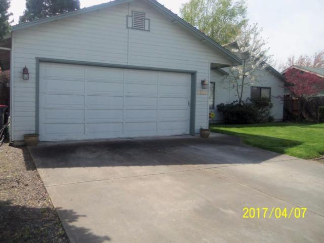 3286 Blackthorn Way, Medford, OR 97504 (#2982057) :: Patie Millen Group - John L. Scott Real Estate