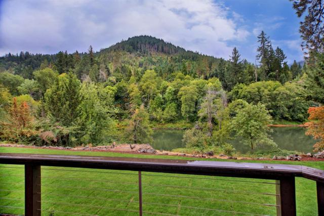 441 Avenue De Teresa, Grants Pass, OR 97526 (#2982065) :: Rocket Home Finder