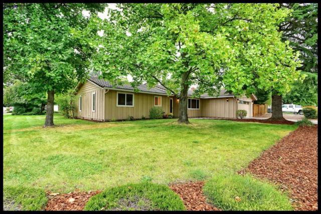 2872 Tahitian Avenue, Medford, OR 97504 (#2982144) :: Patie Millen Group - John L. Scott Real Estate
