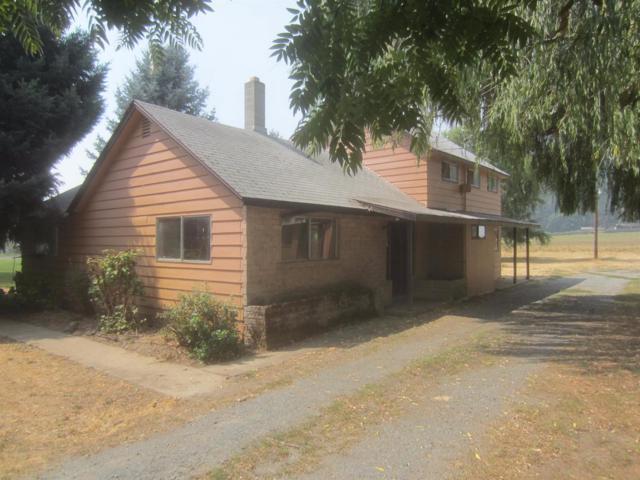 577 W Evans Creek Road, Rogue River, OR 97537 (#2982183) :: Rocket Home Finder