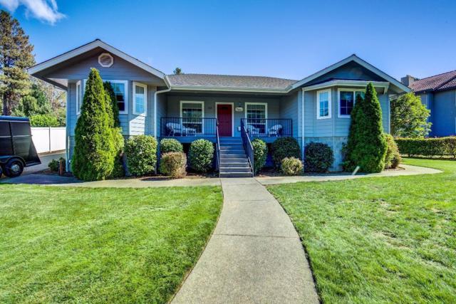 103 Creekview Lane, Rogue River, OR 97537 (#2982239) :: Rocket Home Finder