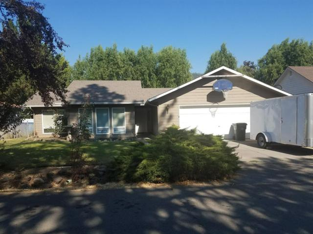 128 Fawn Circle, Shady Cove, OR 97539 (#2982246) :: Rocket Home Finder
