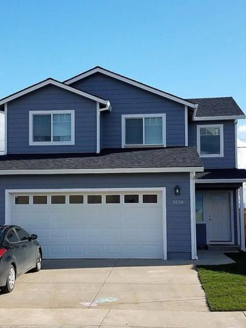 7633 Calaveras Street, White City, OR 97503 (#2982346) :: Rocket Home Finder