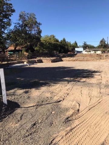 117 Chelsea Court, Phoenix, OR 97535 (#2982677) :: Rocket Home Finder