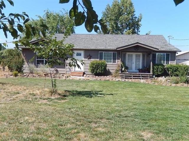 2359 Corey Road, Central Point, OR 97502 (#2982921) :: Rocket Home Finder