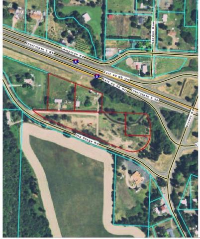 9902 Old Stage, Gold Hill, OR 97525 (#2983428) :: Rocket Home Finder