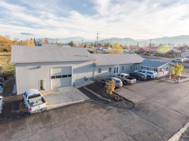 3445 S Pacific Highway, Medford, OR 97501 (#2983680) :: FORD REAL ESTATE