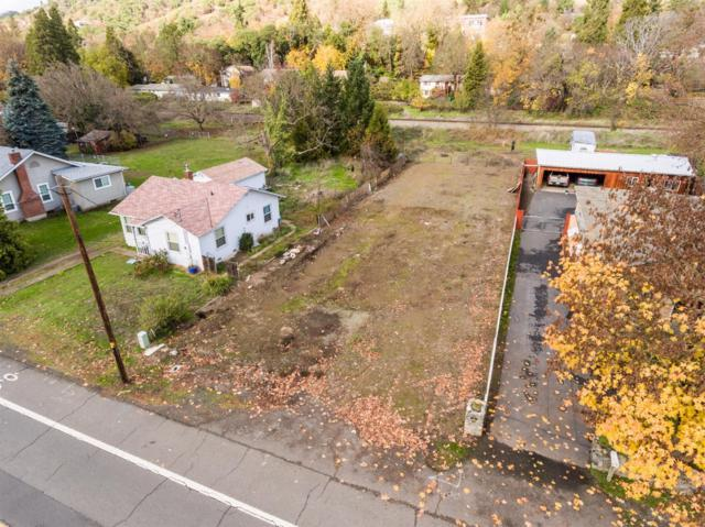 859 2nd, Gold Hill, OR 97525 (#2983751) :: FORD REAL ESTATE