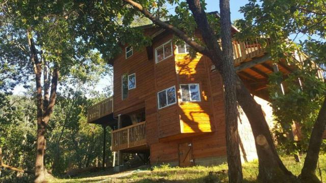 6840 Griffin Creek Road, Medford, OR 97501 (#2983764) :: Rocket Home Finder