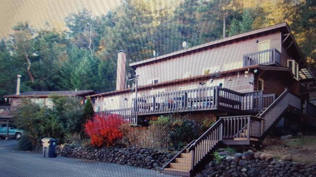 7800 Griffin Creek Road, Medford, OR 97501 (#2983853) :: Rocket Home Finder