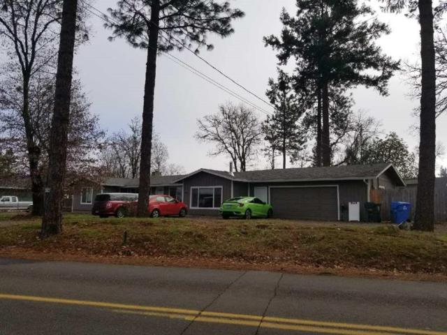 6720 Rogue River Drive, Shady Cove, OR 97539 (#2984077) :: Rocket Home Finder
