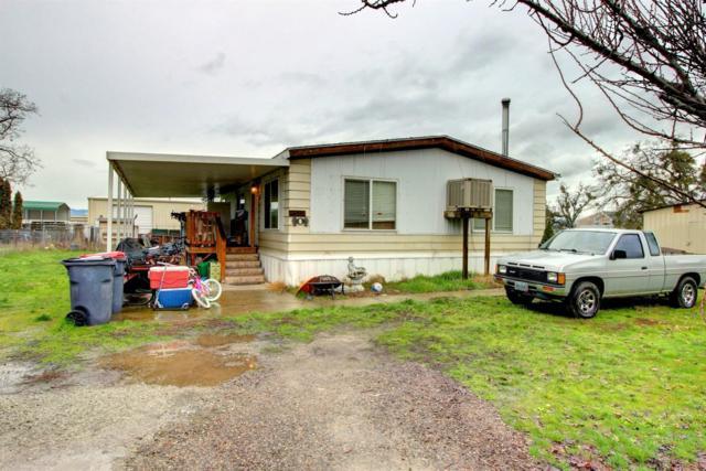 6607 Pinehurst Street, Central Point, OR 97502 (#2984744) :: Rocket Home Finder