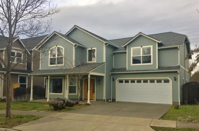 1249 Old Willow Lane, Ashland, OR 97520 (#2984803) :: Rocket Home Finder