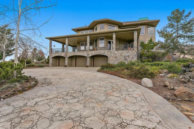 7065 Pine Ridge Drive, Medford, OR 97504 (#2984992) :: Rocket Home Finder