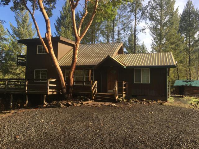 2000 Crowfoot Road, Eagle Point, OR 97524 (#2984996) :: Rocket Home Finder