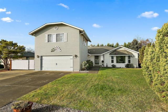 2289 Fairfield Drive, Medford, OR 97504 (#2985031) :: Rocket Home Finder