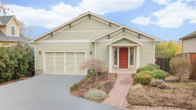 620 Cardwell Court, Jacksonville, OR 97530 (#2985143) :: Rocket Home Finder