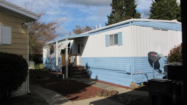 614 Woodlawn, Grants Pass, OR 97526 (#2986118) :: Rocket Home Finder