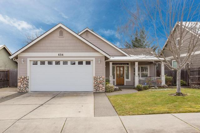 634 Cedar Wood Drive, Eagle Point, OR 97524 (#2986184) :: FORD REAL ESTATE
