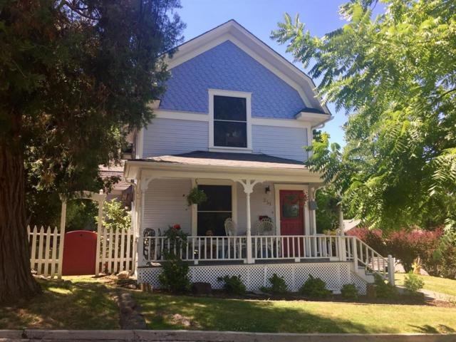 351 Morton Street, Ashland, OR 97520 (#2986197) :: FORD REAL ESTATE