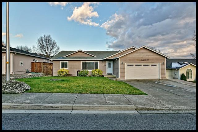 947 Ridgeview Drive, Eagle Point, OR 97524 (#2986267) :: FORD REAL ESTATE