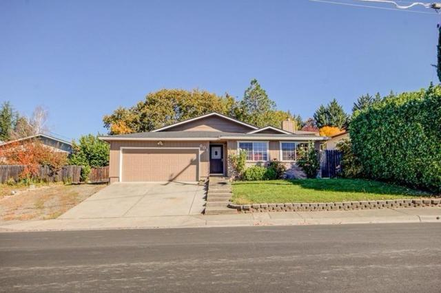 601 B Street, Phoenix, OR 97535 (#2986276) :: FORD REAL ESTATE
