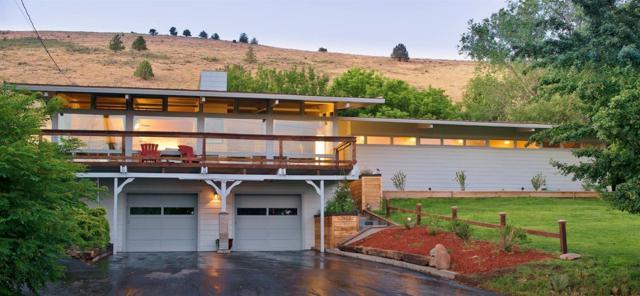 7613 Skyline Drive, Klamath Falls, OR 97603 (#2986280) :: Rocket Home Finder