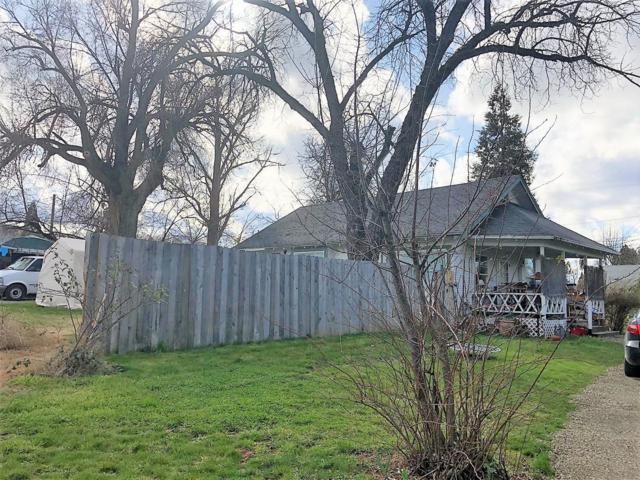 2412 Spring Street, Medford, OR 97504 (#2986283) :: Rocket Home Finder