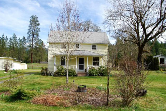 4844 E Evans Creek Road, Rogue River, OR 97537 (#2986395) :: Rocket Home Finder
